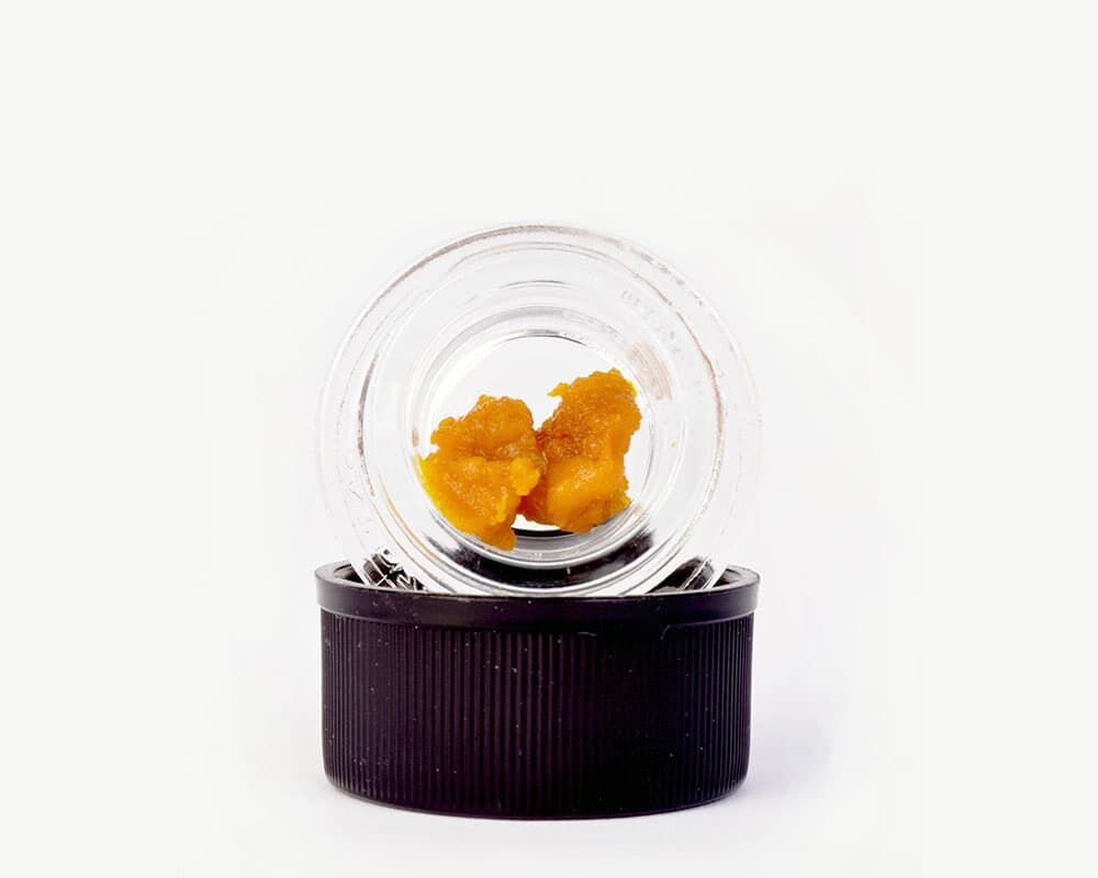 Critical Mass Crumble concentrates Hybrid Strain by Blessed Extracts    Splitbud Deals